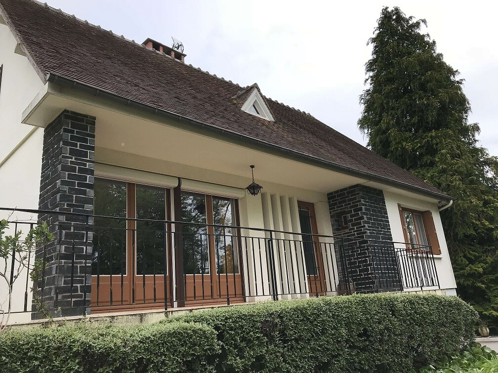 Pavillon - 110 m² 180000 €