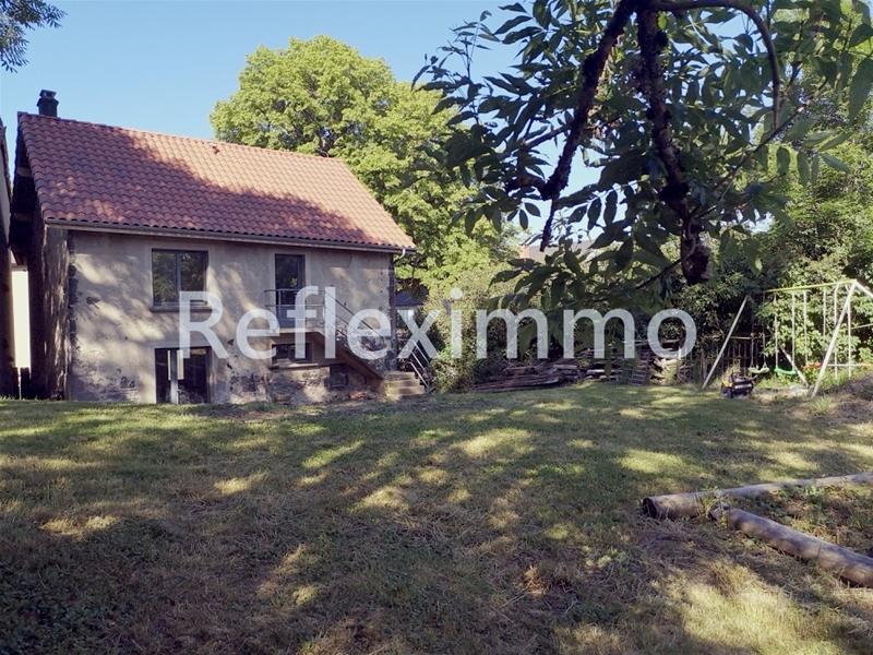 Maison de ville avec terrain 4 ch. 30 mn riom et Clermont Fd 125400 €
